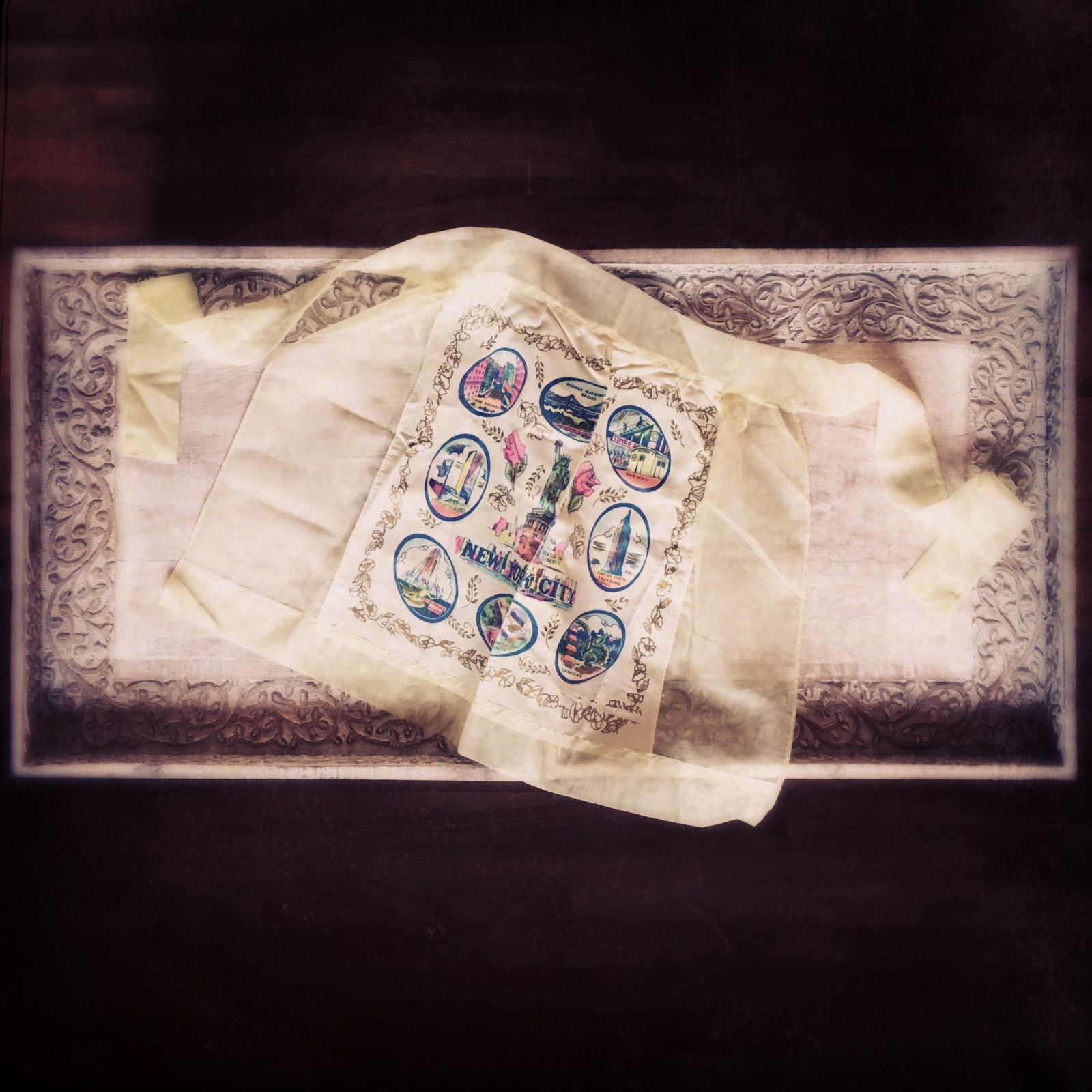 vintage apron 1964. photograph ©2017 Lucy Mathews Heegaard.